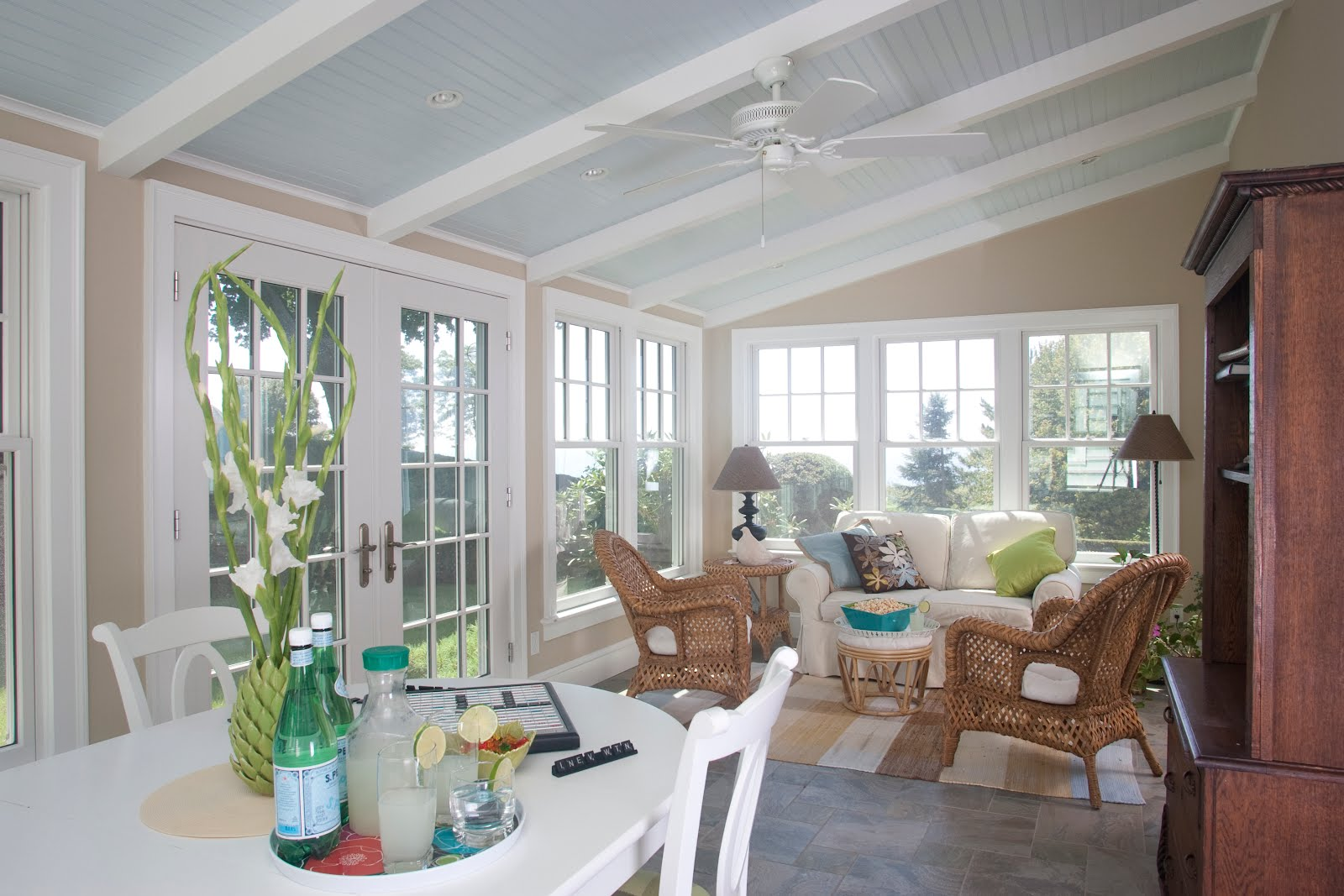 Covenant Kitchens & Baths, Inc.: Beach Beauty: Fresh Kitchen ...