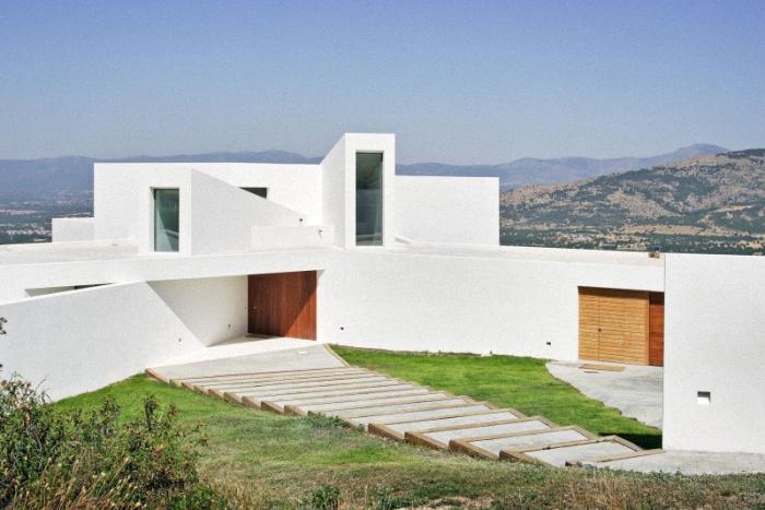 Hogares frescos casa en las monta as con vistas espectaculares en madrid espa a - Casas espectaculares en espana ...
