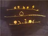 pulseiras berloques douradas