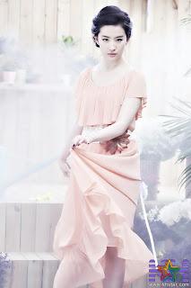 Liu Yifei cute photo