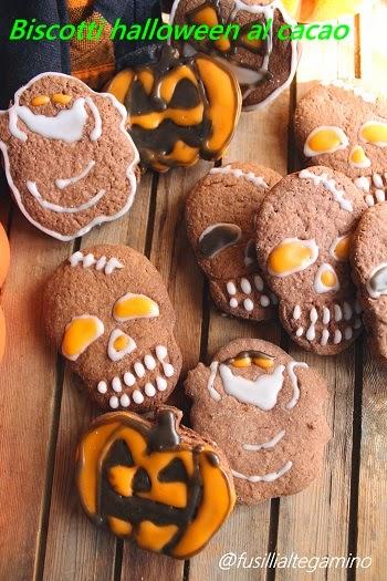 biscotti halloween al cacao decorati con glassa a freddo