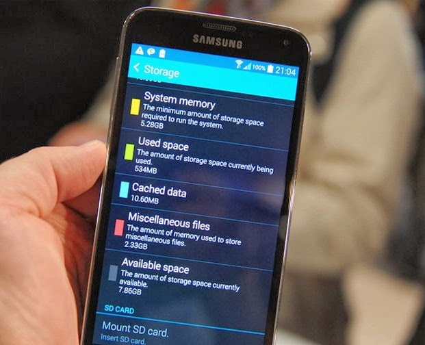 samsung-galaxy-S5-with-than-half-storage-available