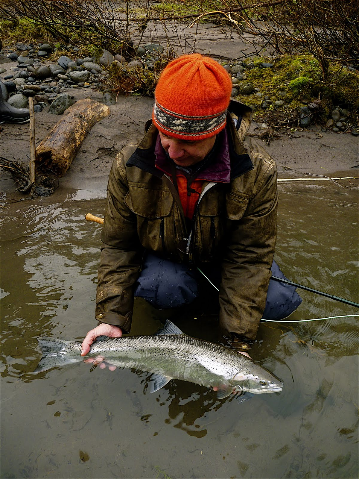 Silvey 39 s flyfishing april 2011 for Sandy river fishing report