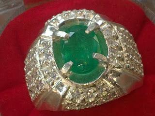 natural emerald zamrud