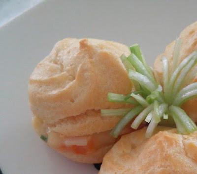 Resep Kue Sus Basah Isi Ragout Lembut Enak Spesial Sederhana
