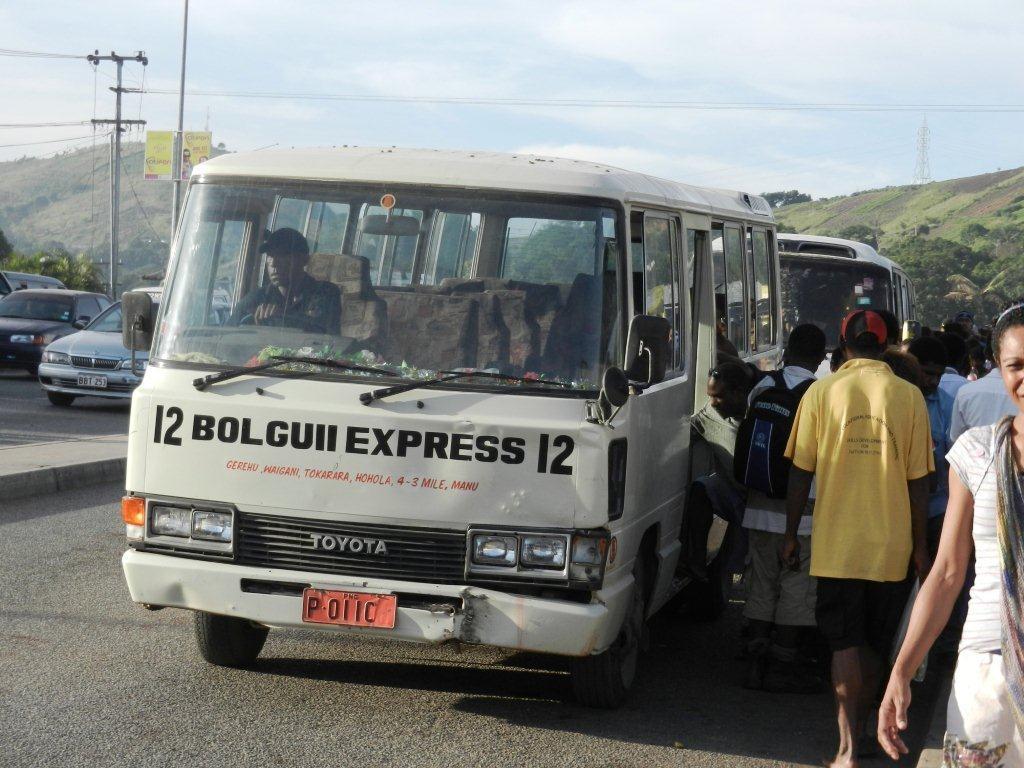Malum nalu port moresby 39 s nightmarish public transport system for Kr motors port moresby