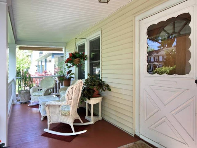 1920s Charmer: Front Porch