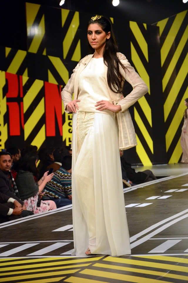 Fahad Hussain's Collection At Runway Pakistan 2016