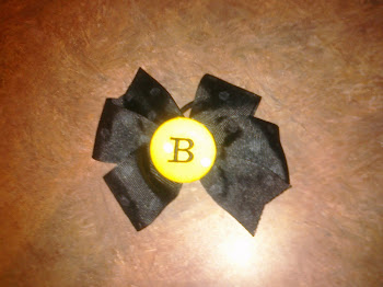 """B"" Monogrammed Bow"