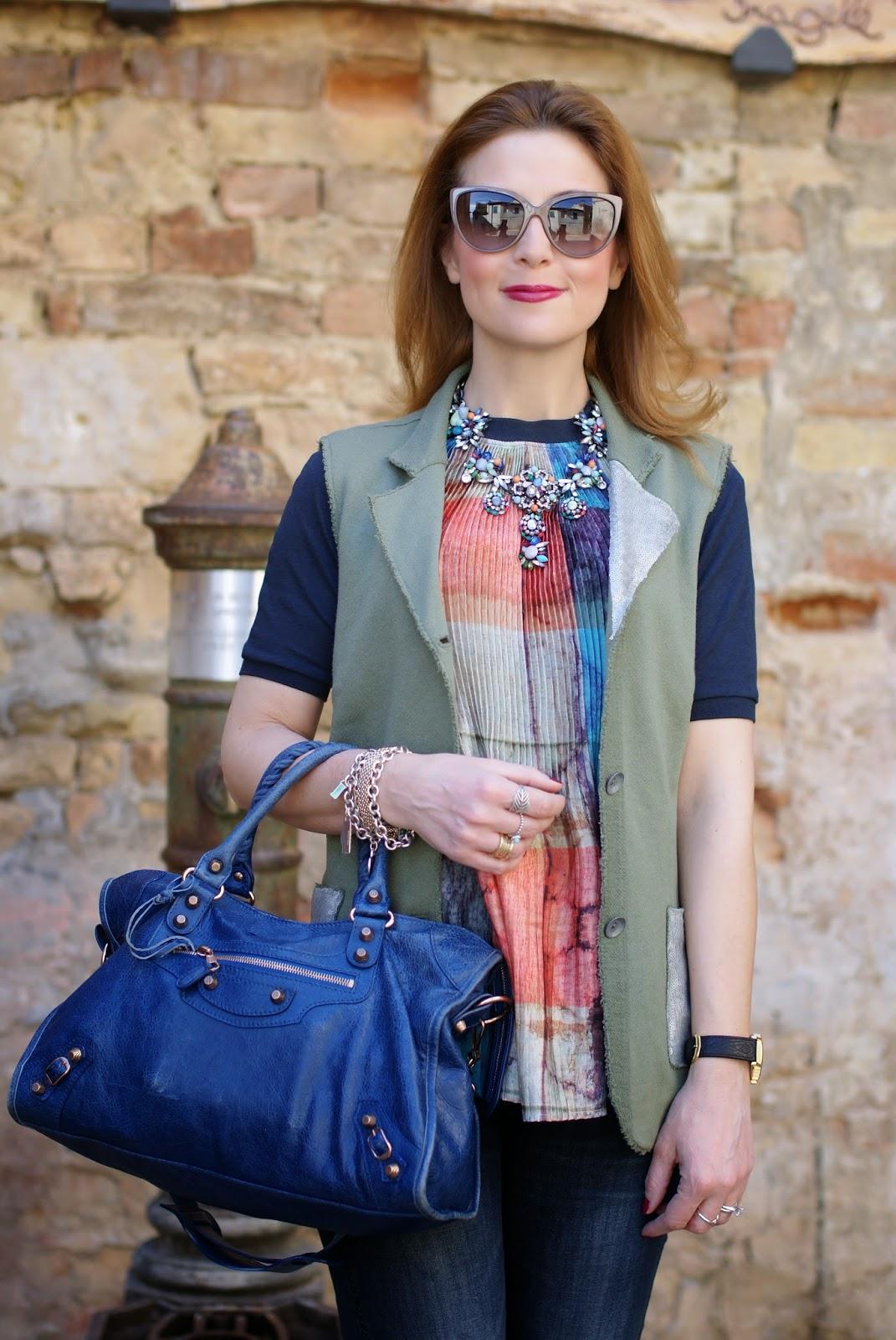 Zara statement necklace, Praio sleeveless jacket, Millelire orologio, Balenciaga City, Fashion and Cookies, fashion blogger