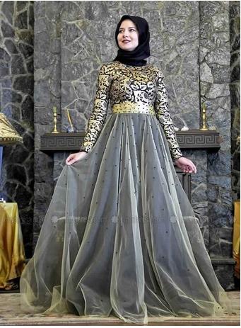 Robe dentelle femme voilee