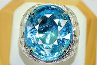ciri dan khasiat batu aquamarine / biru laut