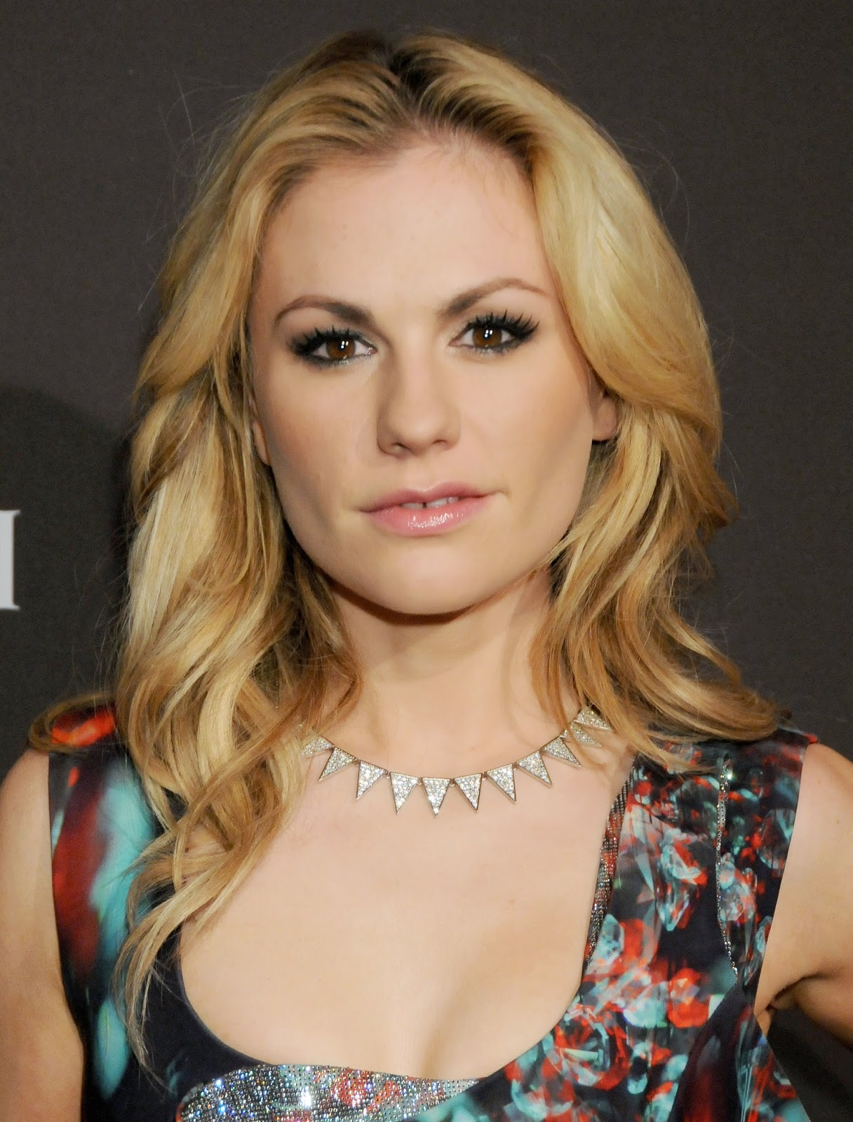 Anna Paquin Nude Photos 12