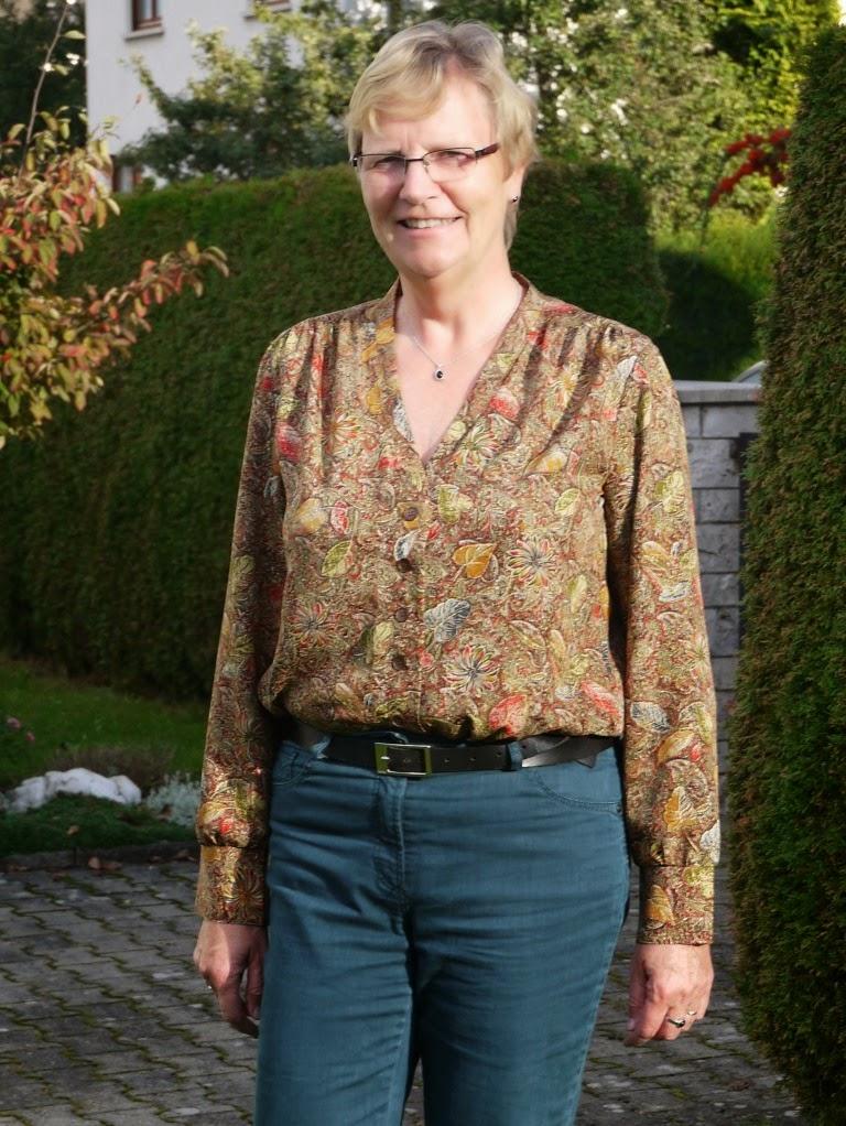 Nähen - Stricken - Häkeln : Bluse mit langen Ärmeln