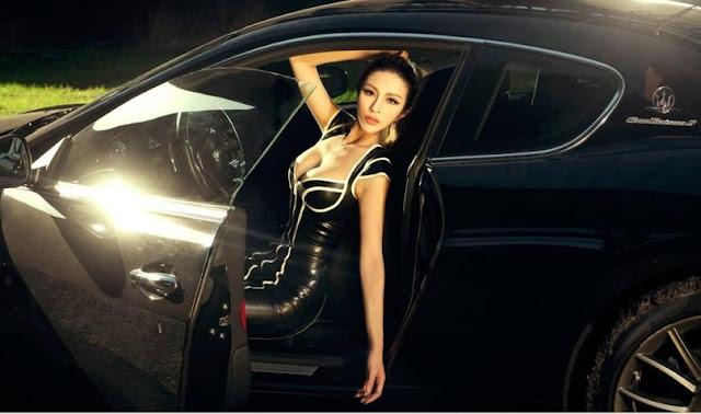 фото азиатка в автомобиле