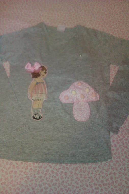 Camiseta muñeca y seta