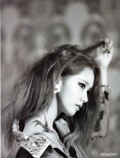 SNSD Yoona I Got A Boy Photobook 24