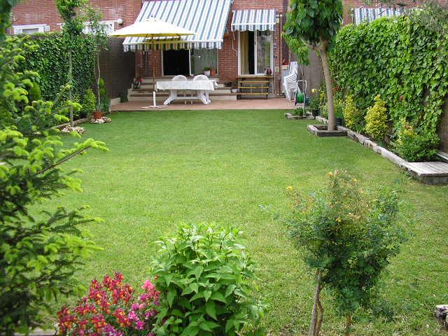Casas baratas en barcelona pisos con jardin barcelona for Casas para jardin baratas