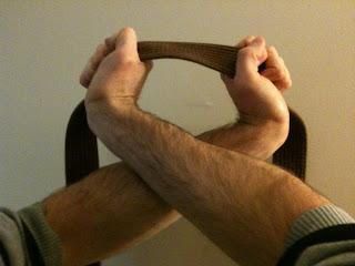 Cross collar choke / Juji Jime mecahnics with bad form.