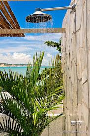 COCO BEACH CHUVEIRO NA VARANDA