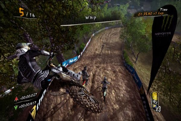 Screen Shot Of MUD FIM Motocross World Championship (2012) Full PC Game Free Download At Downloadingzoo.Com