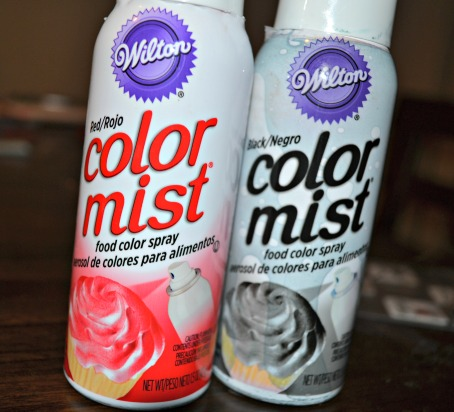 color mist for cupcakes - red and black