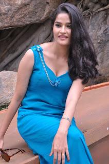 Sneha Thakur  Picture Gallery 4.JPG