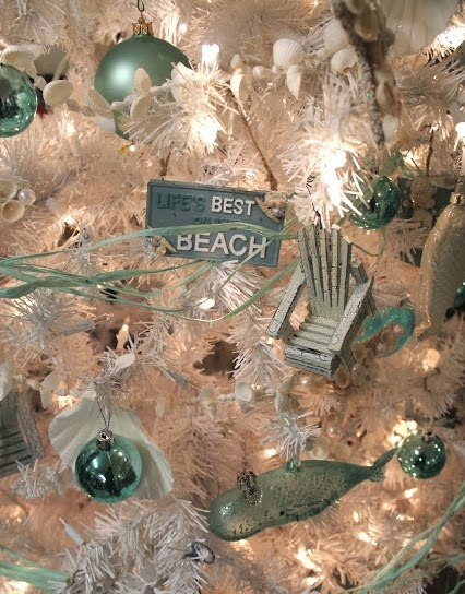 list of synonyms and antonyms of the word ocean themed christmas tree