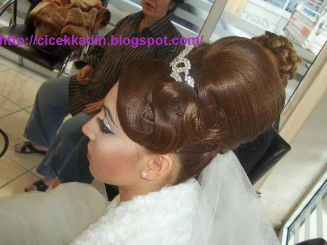 599380 523540964338043 1757540129 n Düğün Saçları, Gelin Saçları