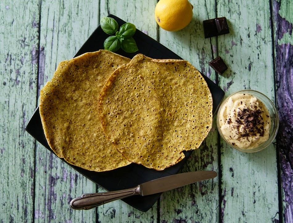 Naleśniki z mąki gryczanej i z ciecierzycy z kremem z mascarpone