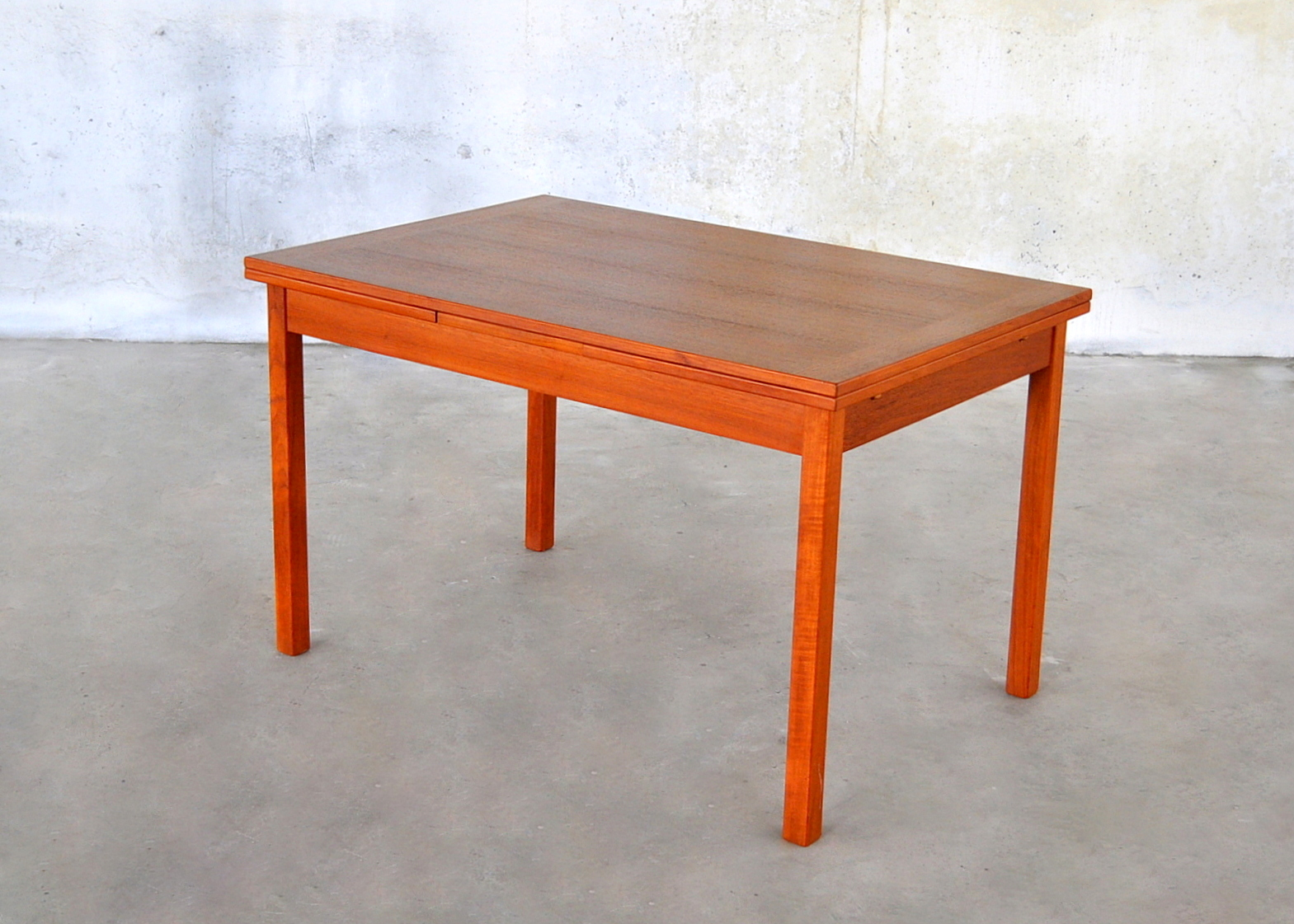 SELECT MODERN: Danish Modern Teak Expandable Dining Room Table