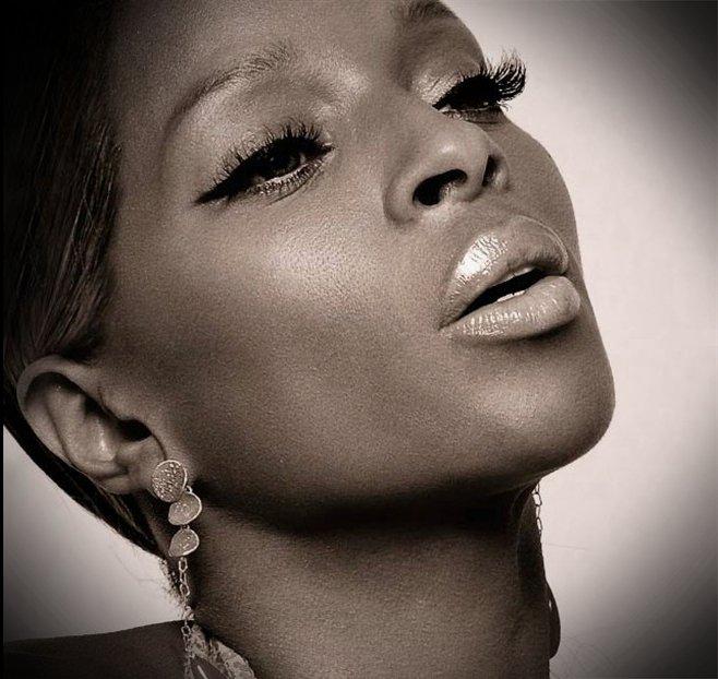 mary j blige stronger album. the day that Mary J. Blige