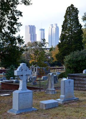 Historic Oakland Cemetery, Atlanta Skyline
