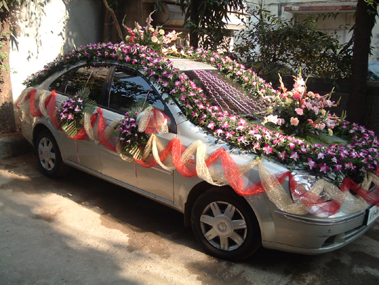 Fashion world latest fashion wedding cars decoration ideas for Auto decoration in pakistan