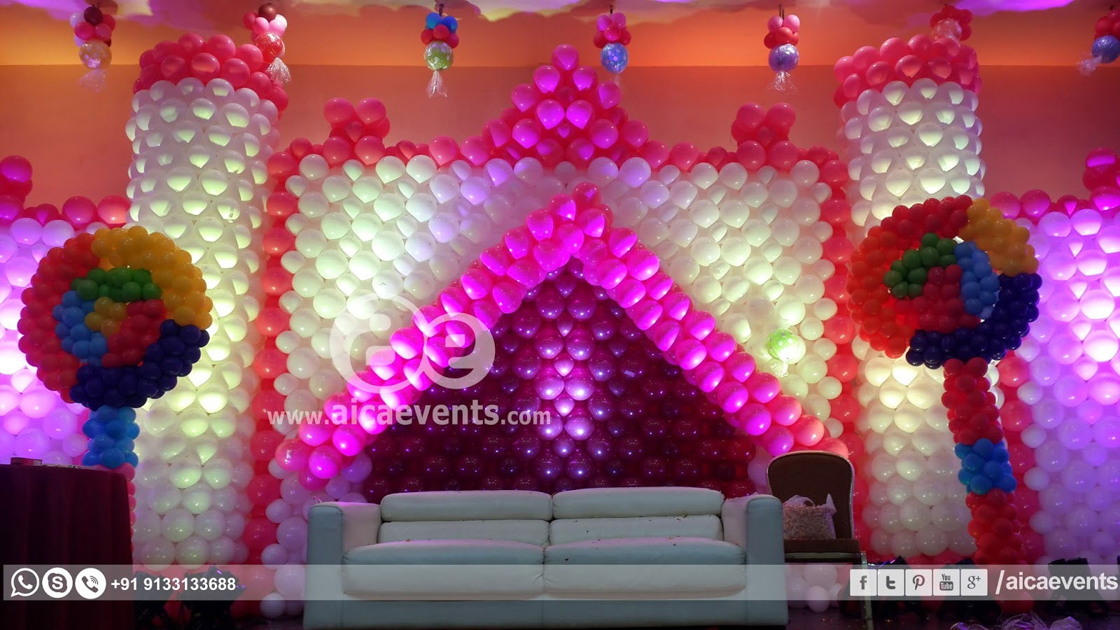 Aicaevents castle with balloon wall decoration for Balloon decoration on wall for birthday