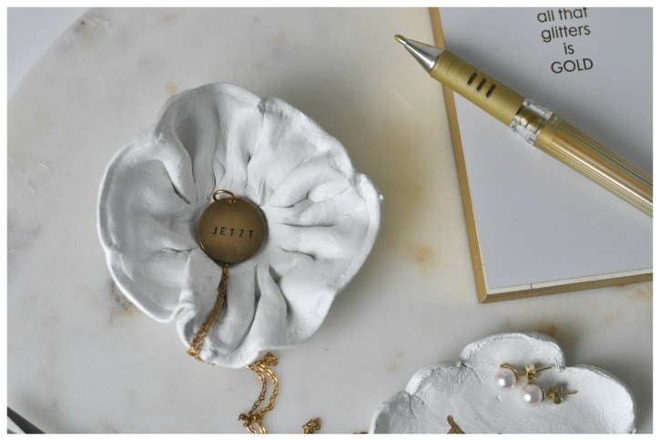 DIY Air dry clay bowls, a darling way to keep jewelry or little things