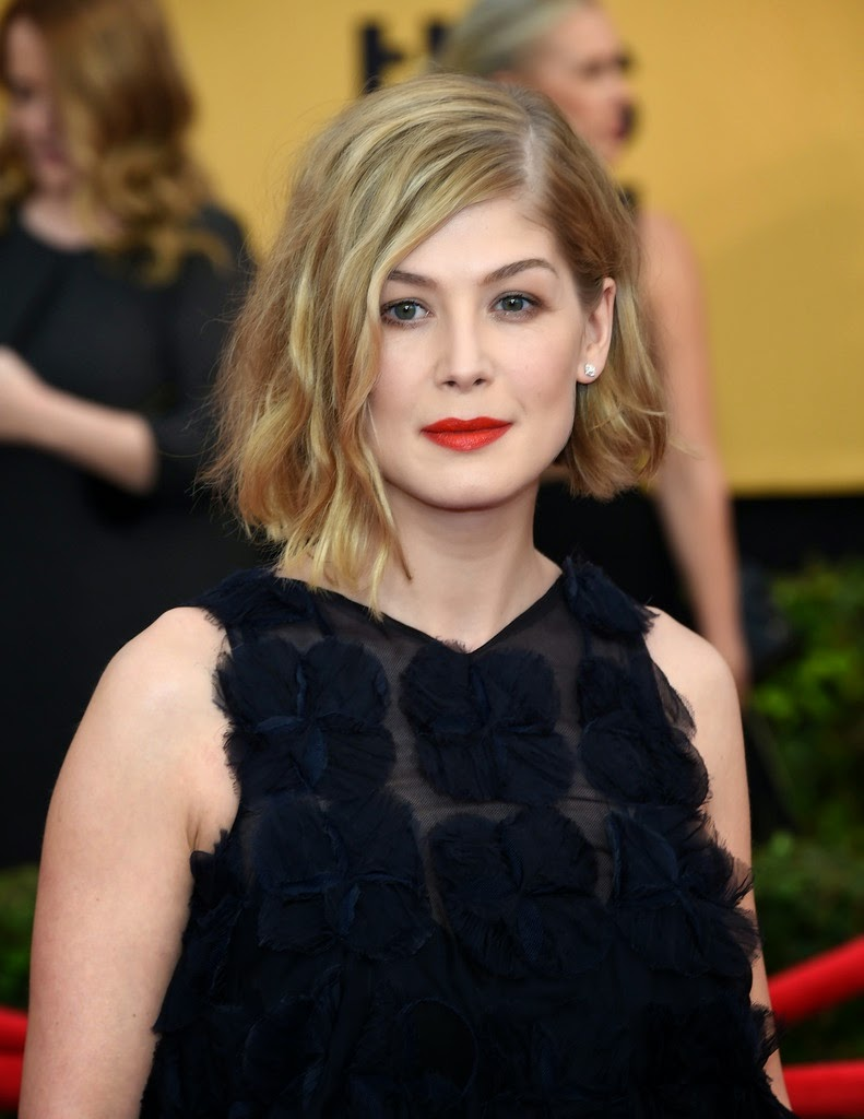 Photos: Rosamund Pike ...