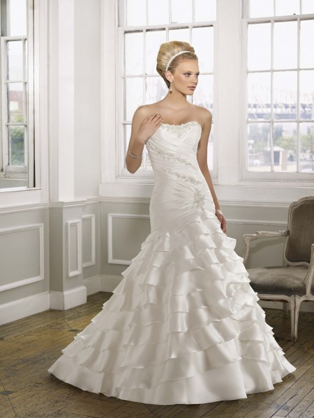 vestidos de novia: Políticas de un vestido de novia agradable