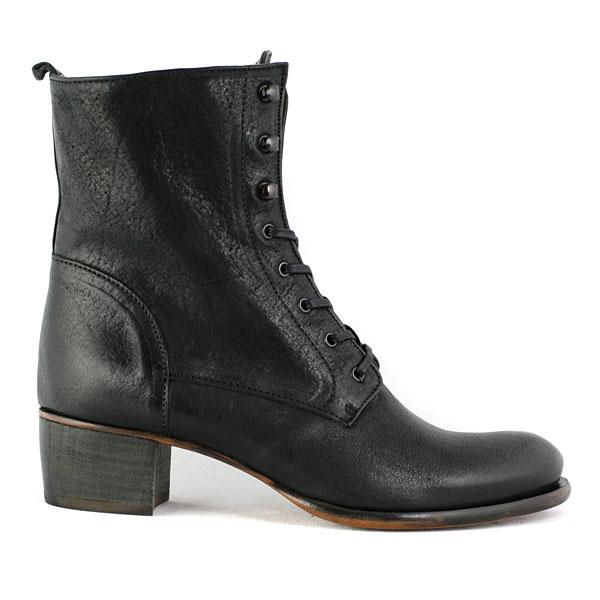 Vialis Womens Shoes