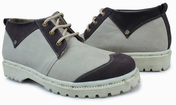 Sepatu: Sepatu Kets Abu Hitam Giardino