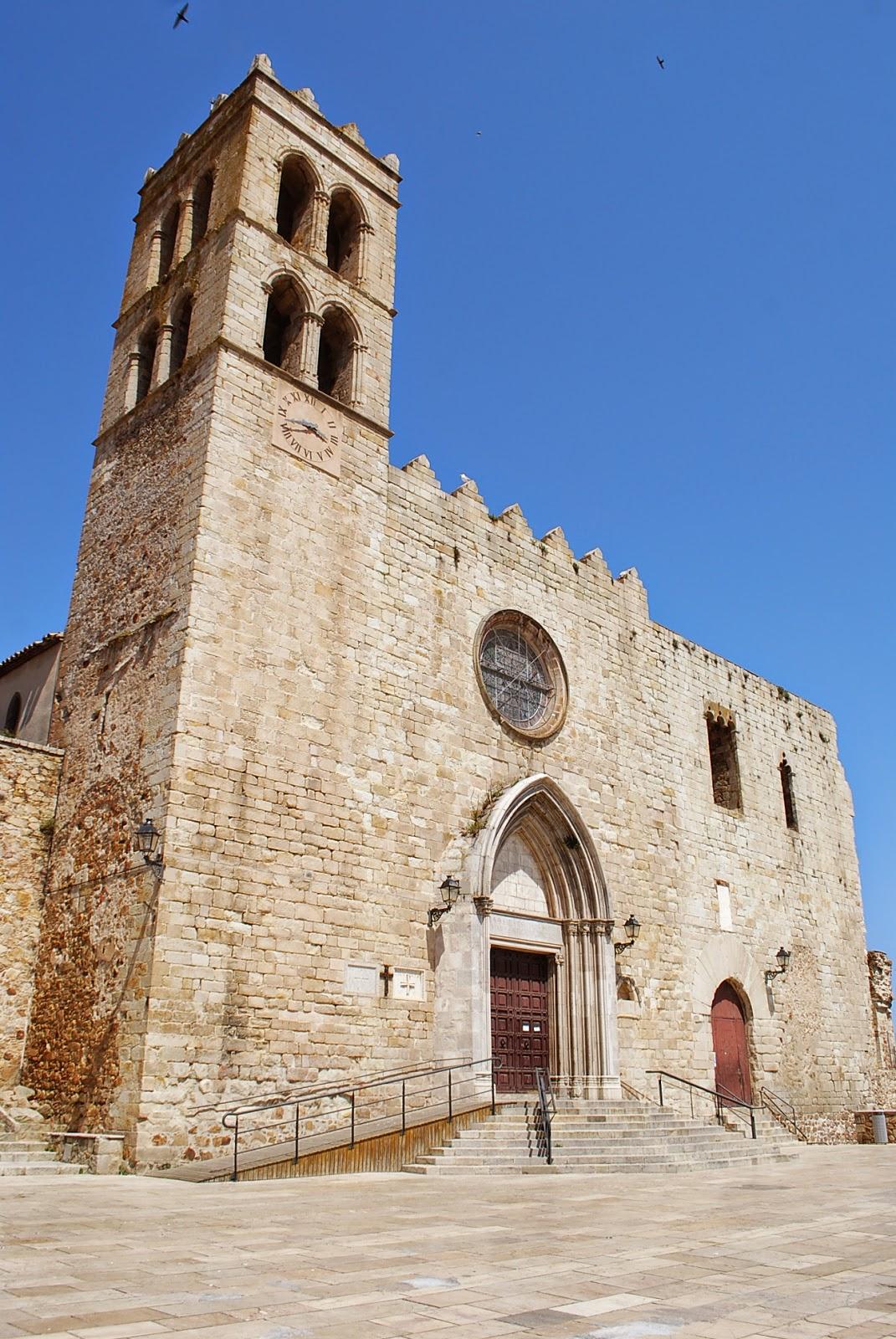 Церковь св. Девы Марии. Бланес, Коста Брава, Каталония, Испания.