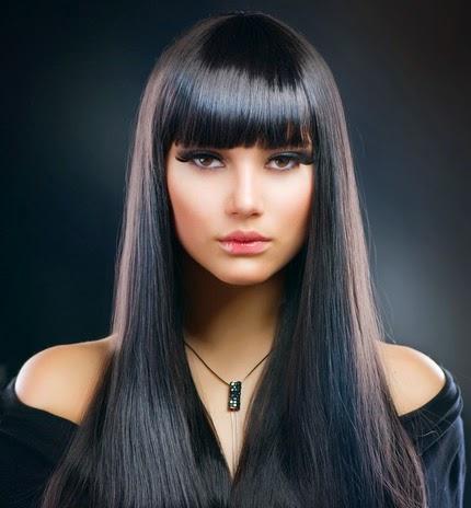 Keratinovoe la restitution des cheveux beaucoup endommagés