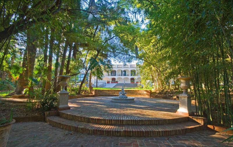 Gerald brenan 39 s cultural association acgb la c nsula for Casa de citas malaga