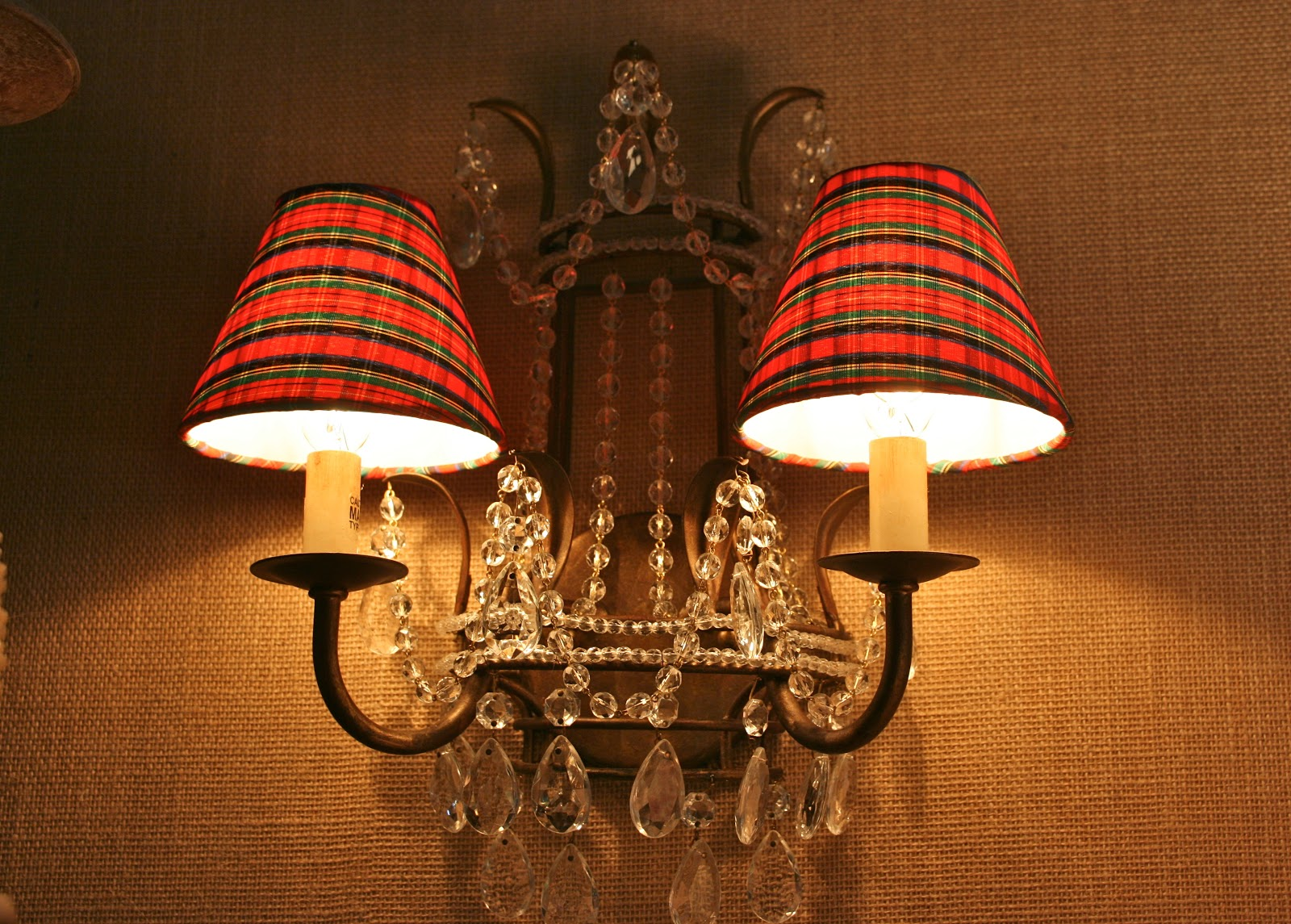 vignette design plaid the quintessential christmas pattern. Black Bedroom Furniture Sets. Home Design Ideas