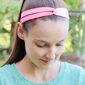 tshirt-refashion-to-headband-ombre-fabric-paint