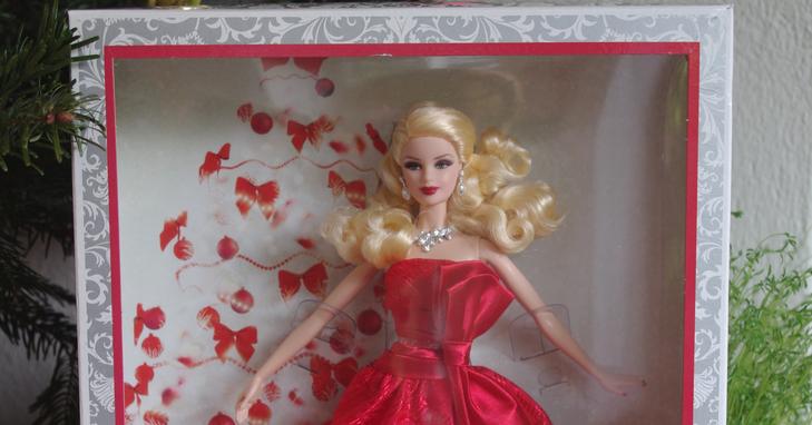 Camomille p querettes barbie joyeux no l 2012 - Barbie de noel 2012 ...