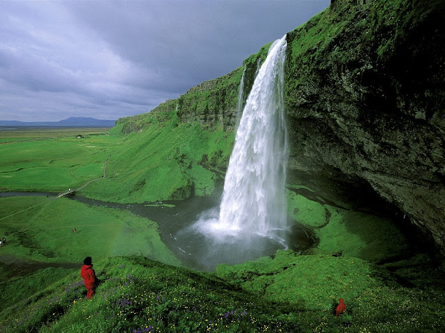 beautifull waterfall