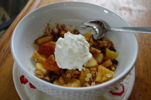 Baked Apple Bowl | seriously-lovely.blogspot.com