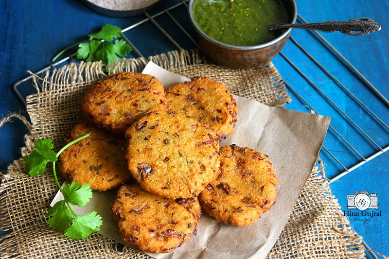 Maddur Vada (Deep Fried Savoury Fritters)