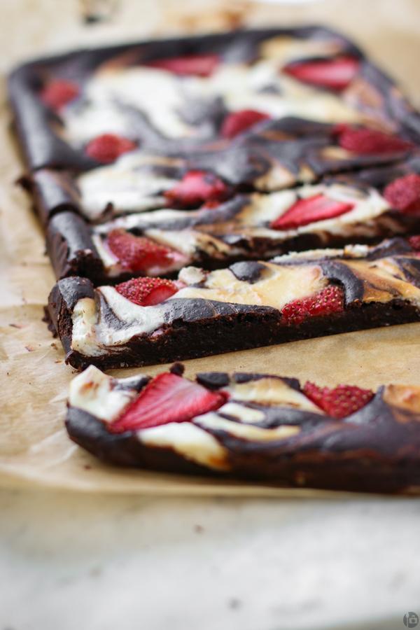 Strawberry and Chocolate Cheesecake Bars